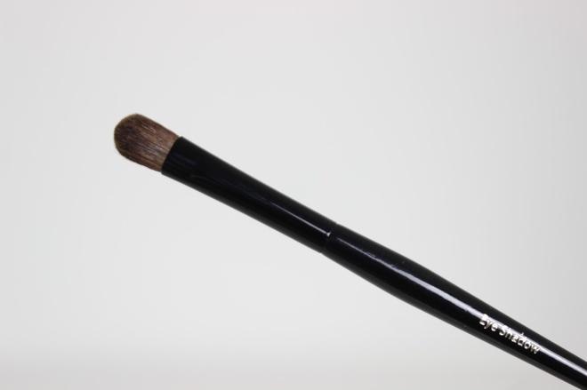 Bobbi-Brown-Old-Hollywood-Brush-Collection-Eyeshadow